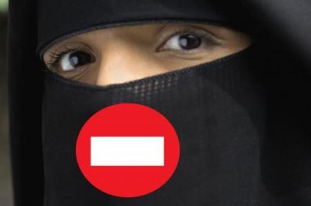 interdit hijab