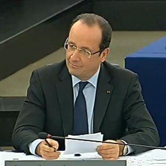 M. François Hollande, Président de la République avec un petit sourire ironique juste avant l'Intervention de Philippe de Villiers au parlement européen de Strasbourg le mardi 5 février 2013