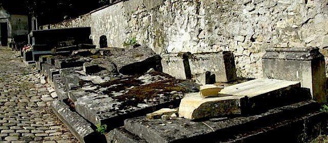 cimetière vandalisé