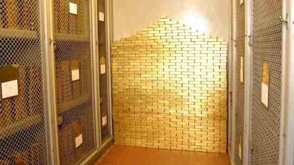Un trésor de plusieurs dizaines de milliards d'euros enterré à Paris   -  www.docjeanno.fr